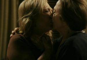 babilonia-beijo-gay-estela-nathalia-timberg-e-teresa-fernanda-montenegro