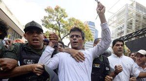 Leopoldo López: sem flores, sem cão e sem voz.